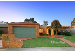 13 Cromwell Drive Rowville