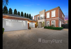 3 Brothers Close Scoresby