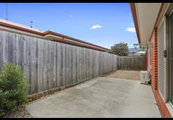 3/110 Flinders Avenue Lara image